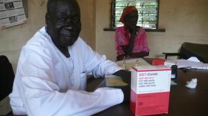 Krankenpfleger Thomas arbeitet seit 1979 in Agok