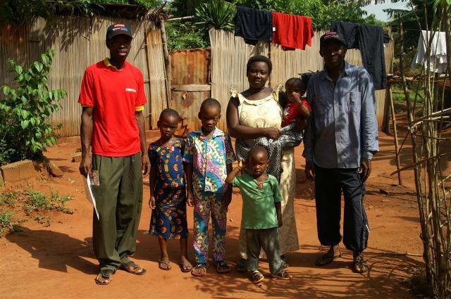 Eli und seine Familie.