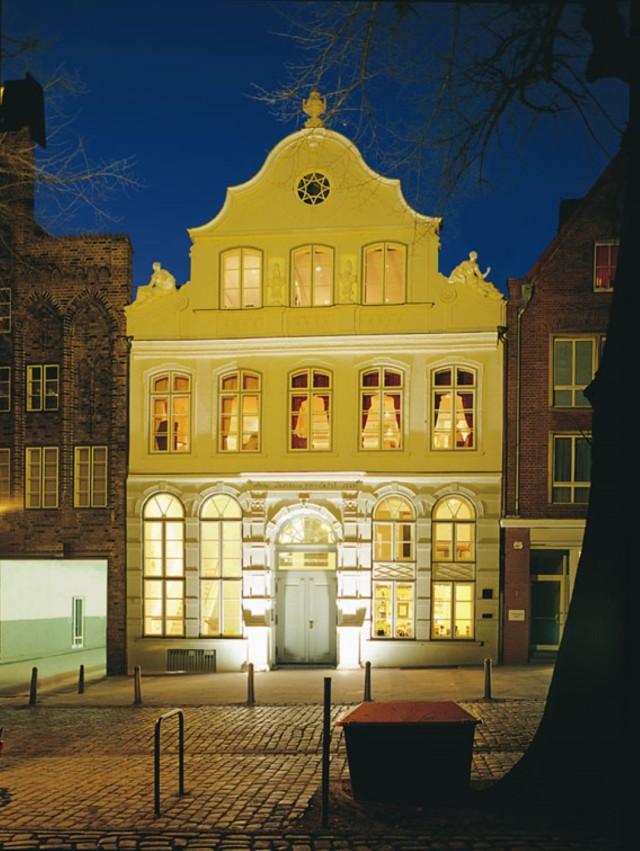 BBH bei Nacht (Large)