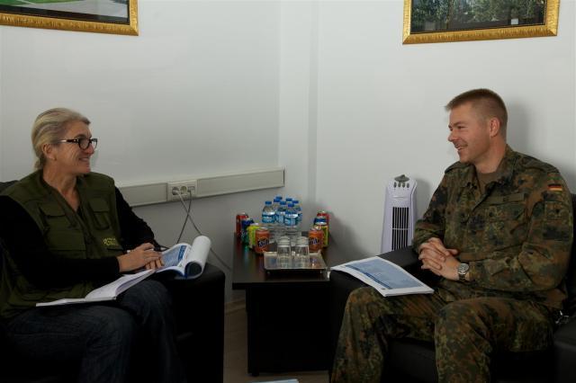 Gespräch mit Kommandeur Thorsten Ilg.