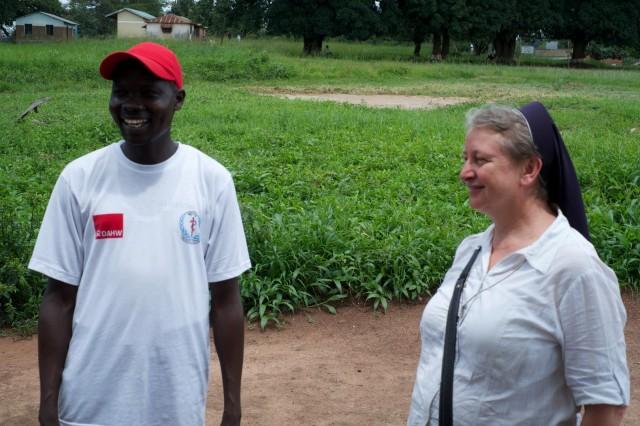 """Schwester Veronika Rackova, Ärztin und Ordensfrau: """"Nie werde ich mein erstes Weihnachten hier mit den Leprapatienten vergessen. Es war einfach, aber wunderschön. Zusammen mit uns erlebten sie ein Gemeinschaft und darüber waren sie sehr froh und glücklich."""""""