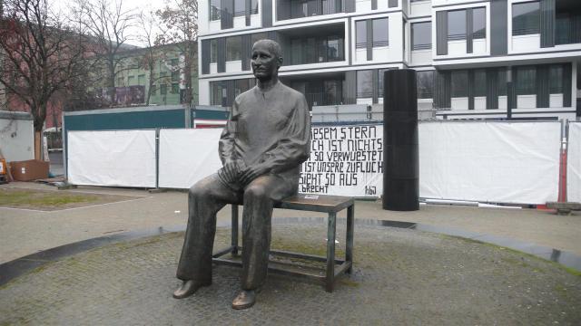 Wieder in Berlin. Diesmal mit Bertold Brecht./Again in Berlin. Bertold Brecht.