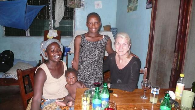 Freunde besuchen in Benin, wo ich 2 Jahre lebte./Visiting friends in Benin where I lived for 2 years.