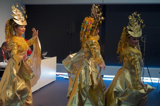 Indonesische Tänzerinnen.