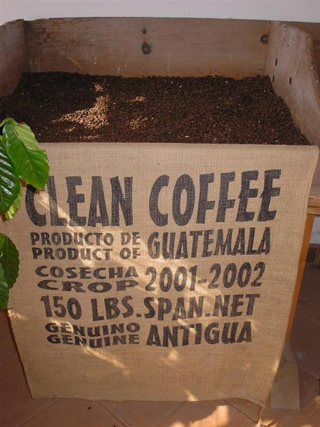029-jocotenango-centro-cultural-la-azotea-kaffee-large