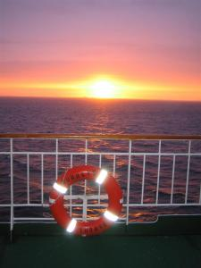 087 Hurtigrute Abendstimmung (Large)