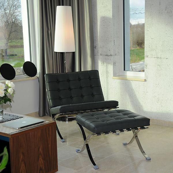 Barcelona Chair Set
